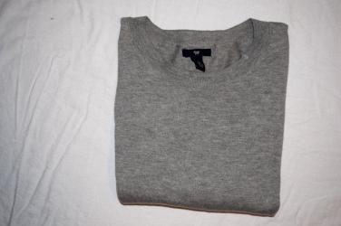 Gap Cropped Gray Sweater